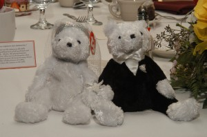 [Bride and groom Beanie Babies]